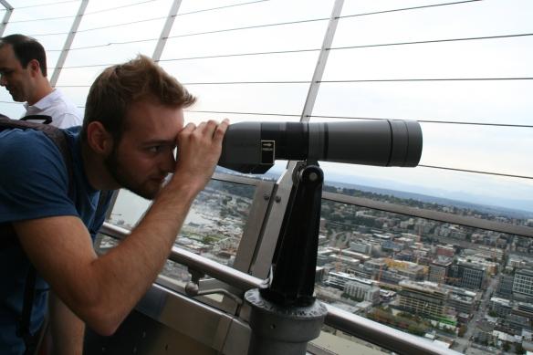 ...with spiffy binoculars!